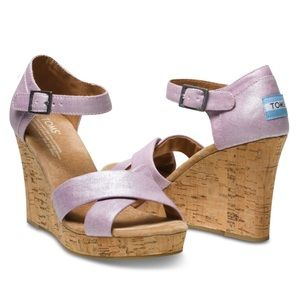 NWOT TOMS Shimmery Lilac Sienna Sandal Wedge
